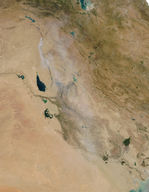 Toxic sulfur smoke across Iraq