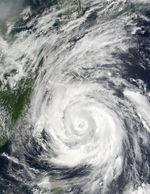 Tifón Rammasun (09W) al este de Taiwán